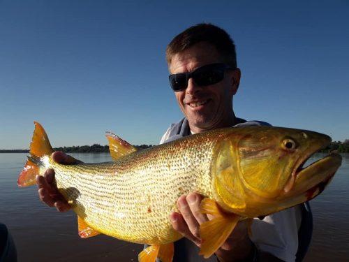 Miercoles media jornada de dorados a full!!!!muy parejo los pescadores no pelaban nada jajajajaja..muy buena gente la de baradero..gracias